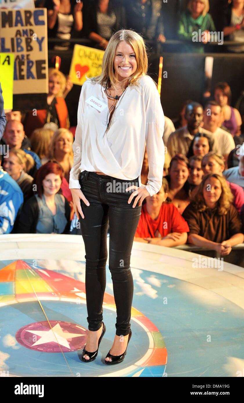 Celebrity Big Brother UK 2014 - Launch Night X2 (HD ...