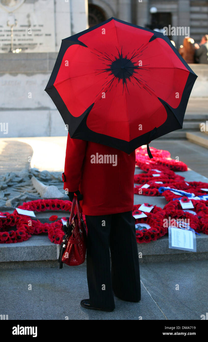 Remembrance Sunday service held at the Cenotaph in Glasgows George Square - Stock Image