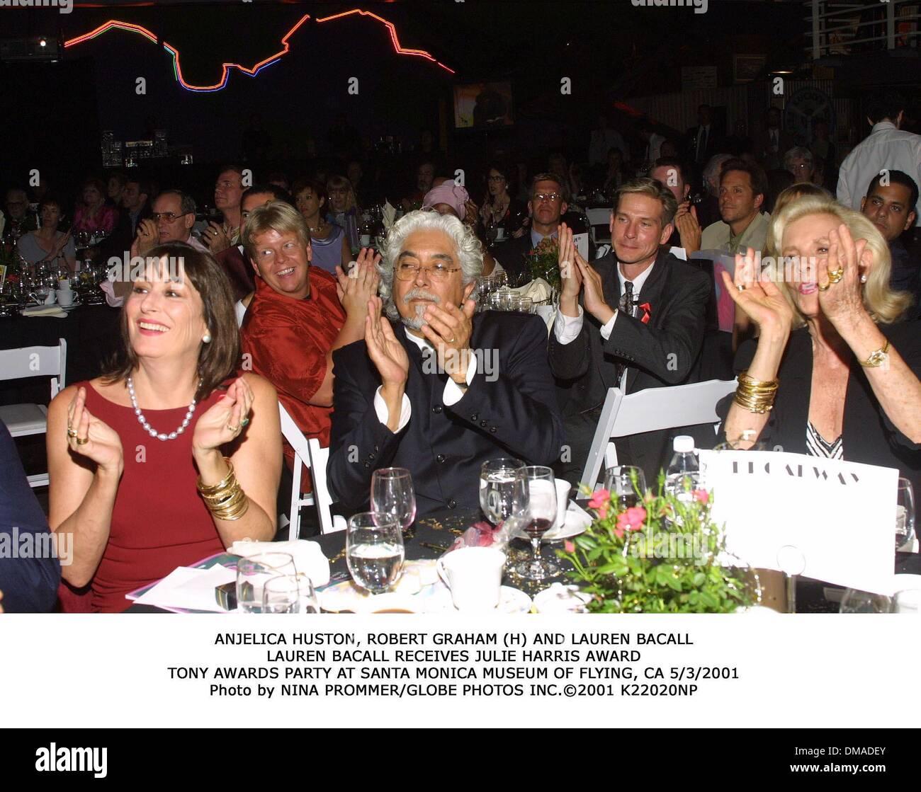 june 3, 2001 - anjelica huston, robert graham (h) and lauren stock