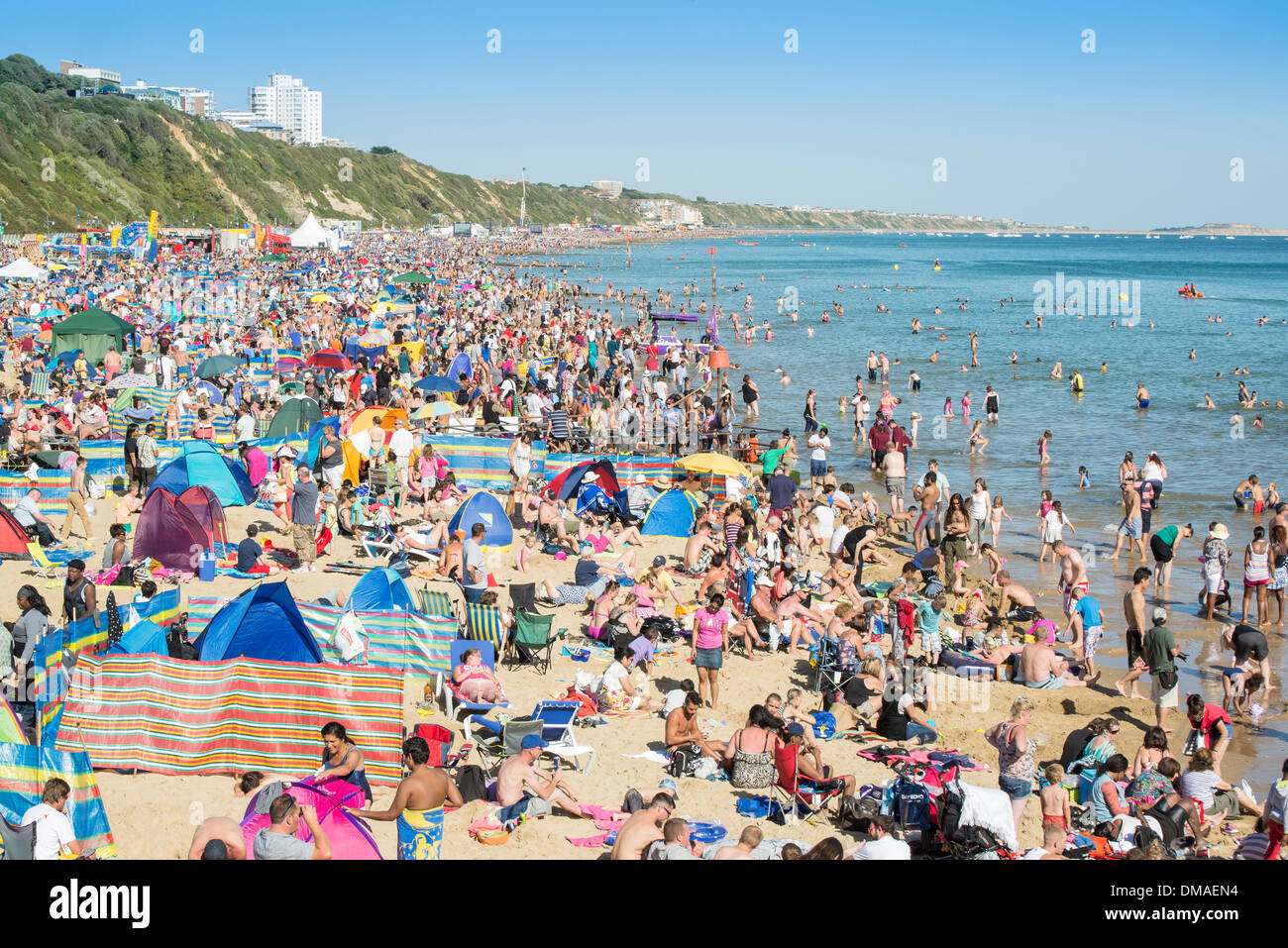 Record breaking crowd on beach at Bournemouth Air Festival 2013. - Stock Image