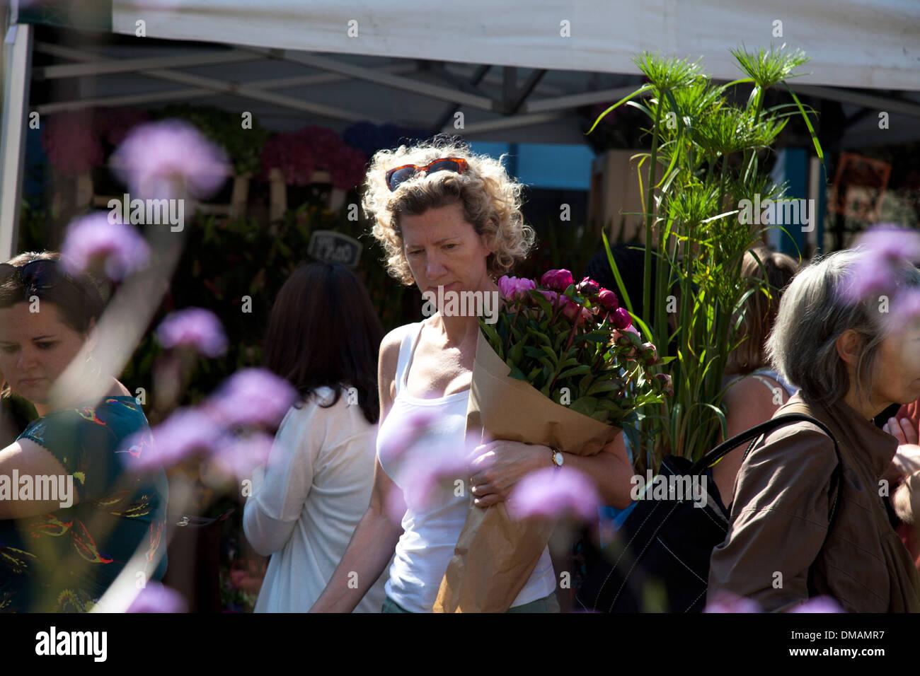 Columbia Road flower market, east London - Stock Image