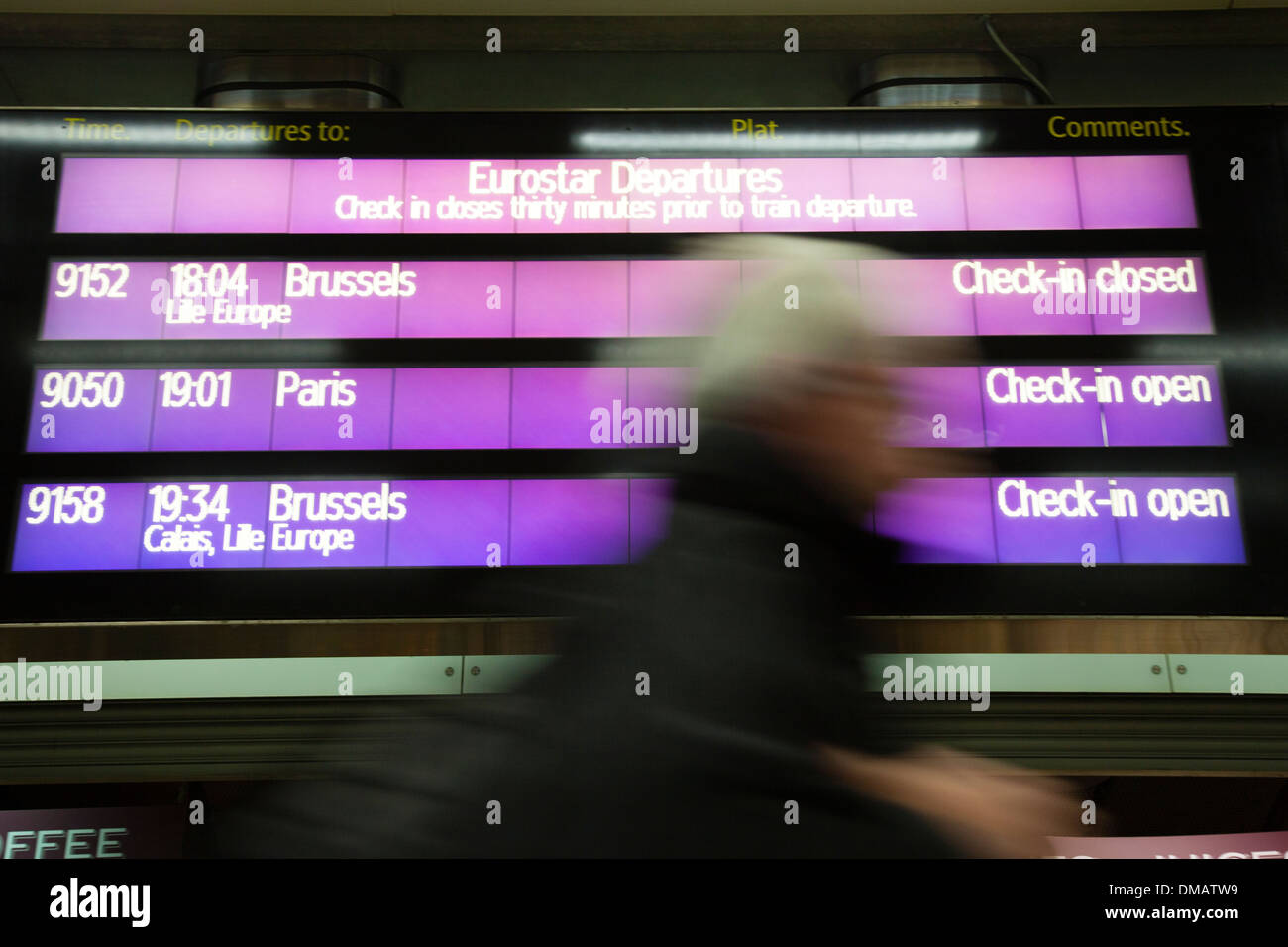 Traveller, Eurostar terminal, Saint Pancras, Kings Cross, London - Stock Image