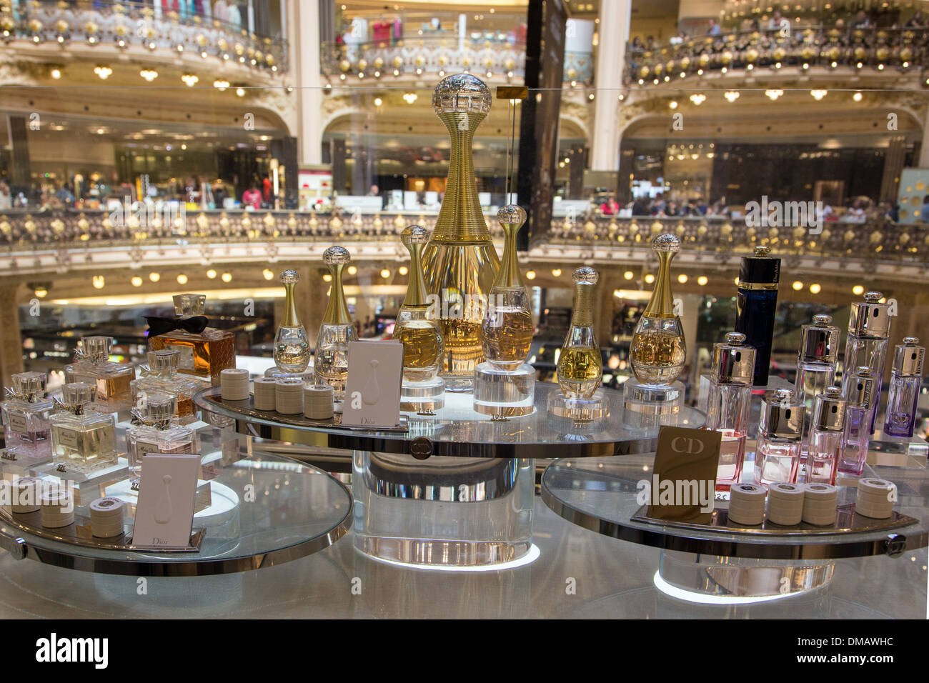 LUXURY GOODS AND DESIGNER PERFUMES BOUTIQUES AT GALERIES LAFAYETTE, DEPARTMENT STORES, PARIS (75), FRANCE - Stock Image