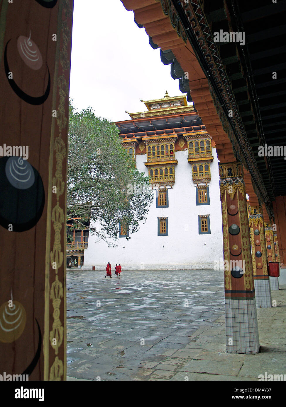 The arcaded courtyard of the Punakha Dzong,Bhutan - Stock Image