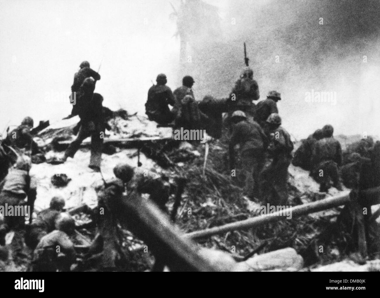 U.S. Marines Storming a Fortified Japanese Position on Tarawa, 1943 - Stock Image