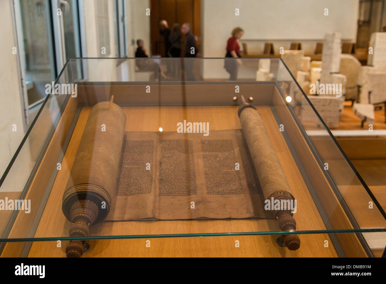 TORAH, MUSEUM OF JEWISH ART AND HISTORY IN THE HOTEL DE SAINT-AIGNAN, 3RD ARRONDISSEMENT, PARIS (75), ILE-DE-FRANCE, FRANCE - Stock Image