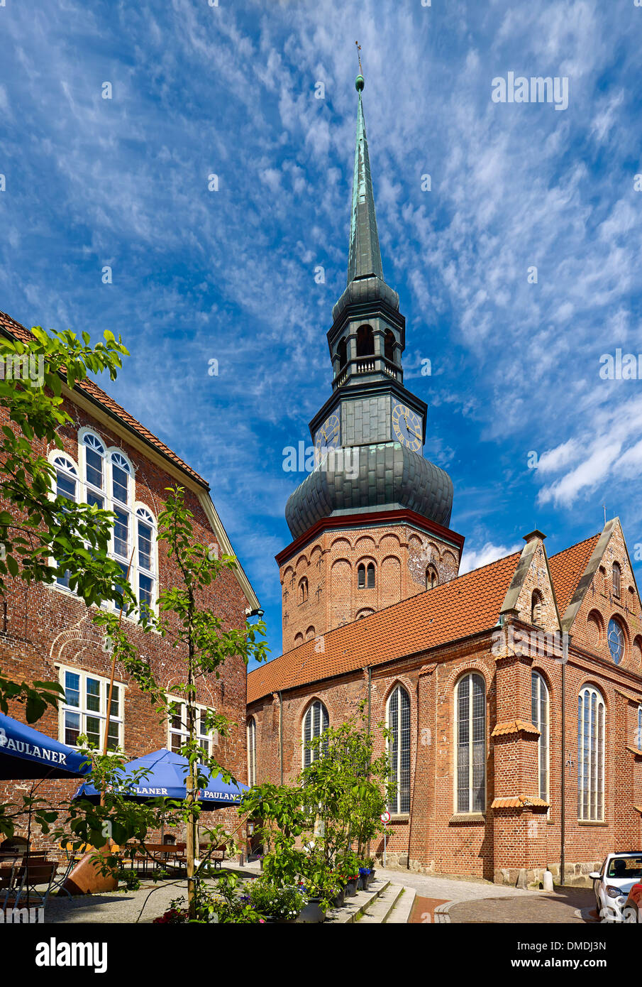 Church St. Cosmae and Damiani, Hanseatic city of Stade, Lower Saxony, Germany - Stock Image
