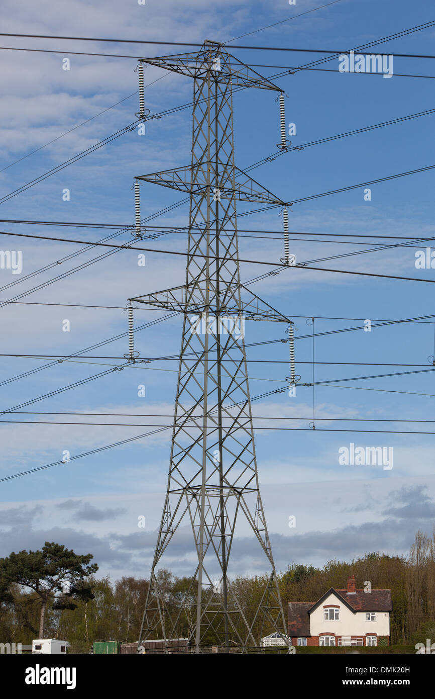 House Electricity Wires Stock Photos & House Electricity Wires Stock ...
