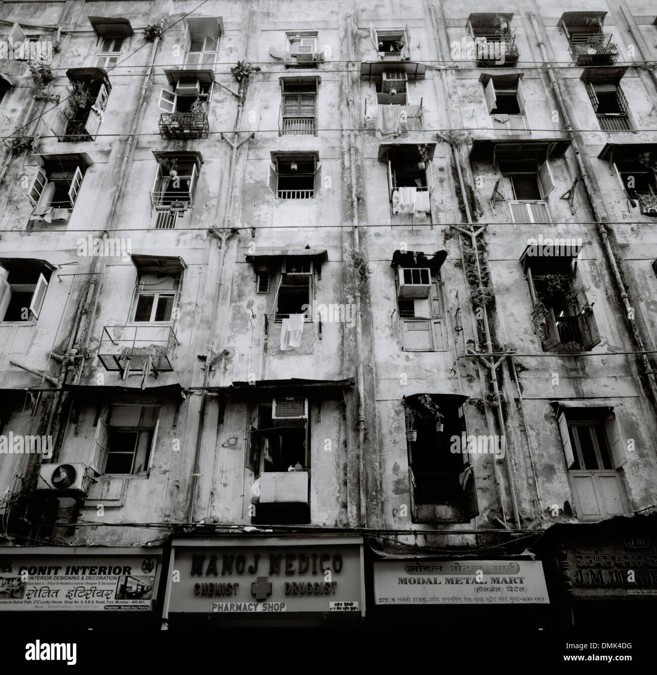 Poor Apartments: Inner City Poverty Stock Photos & Inner City Poverty Stock