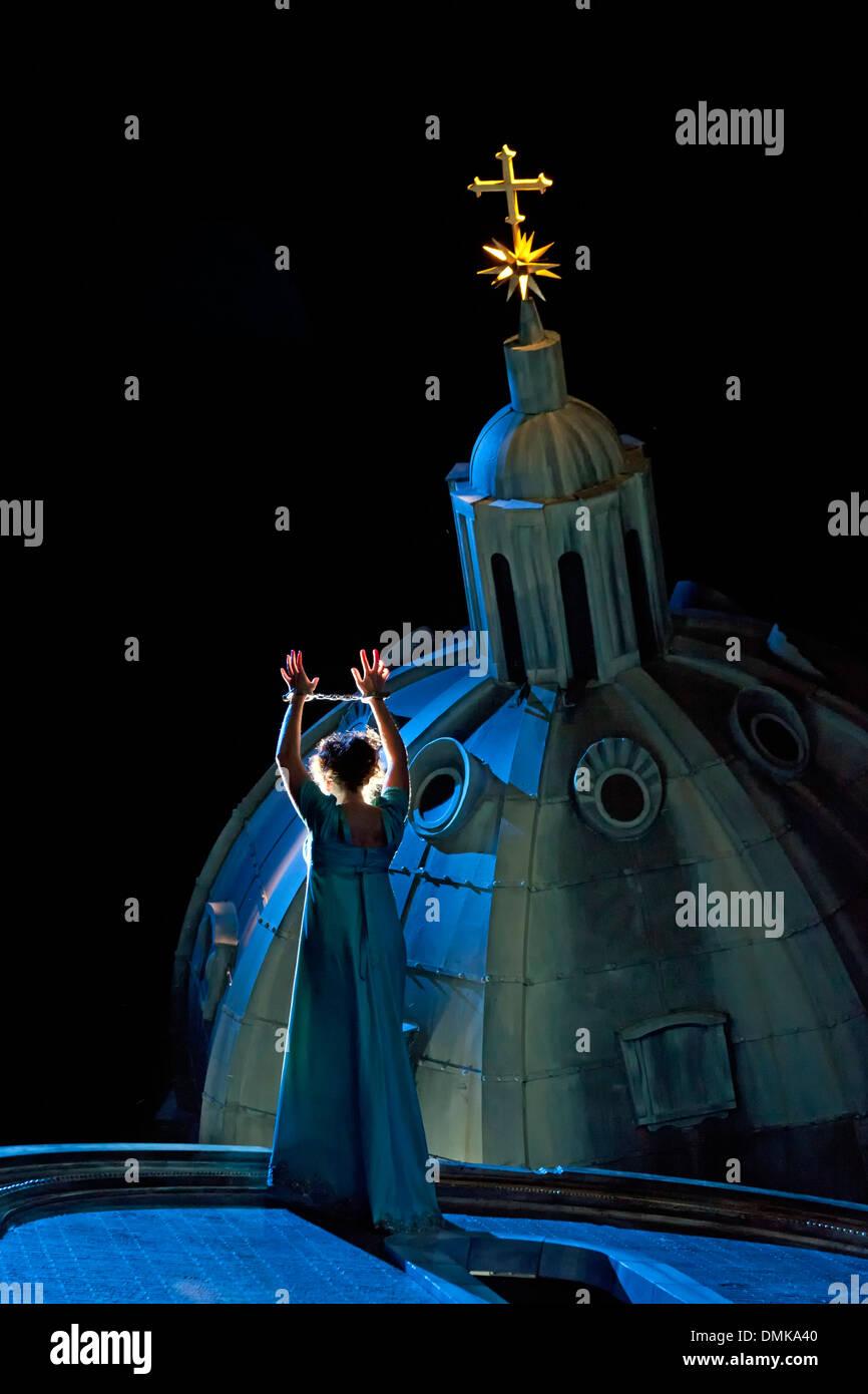 Tosca (Amanda Echalaz) about to jump, Tosca, Santa Fe Opera, Santa Fe, New Mexico USA - Stock Image