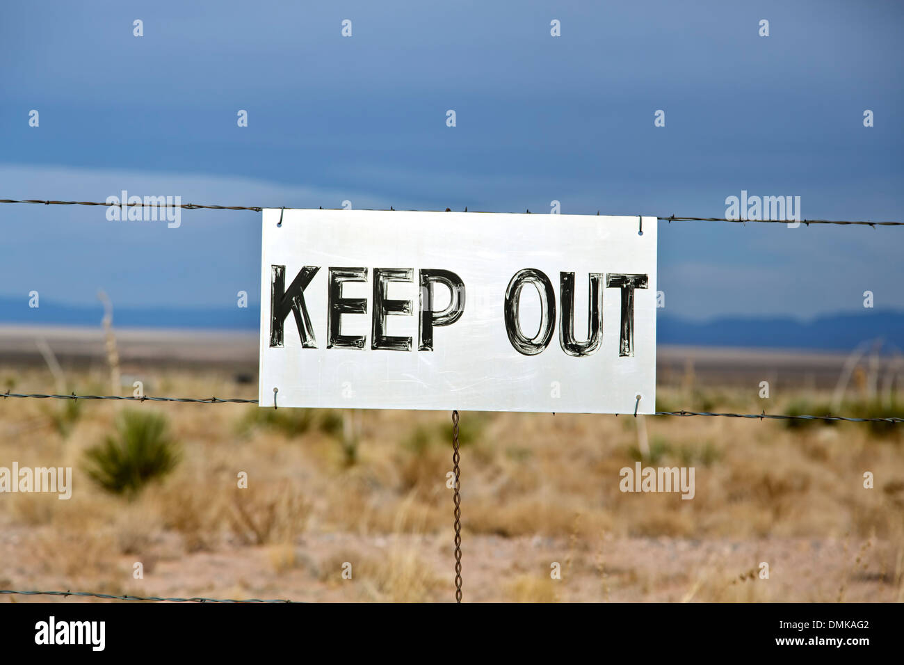 'Keep Out' sign, Trinity Site (first nuclear explosion, 1945), New Mexico USA - Stock Image