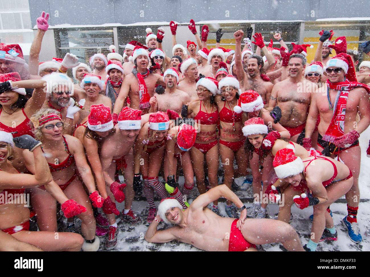 e9ffc5b1a3948 Toronto, Canada. 14th Dec, 2013. Participants in bathing suits pose for  photos after they finished the 2013 Toronto Santa Speedo Run in Toronto,  Canada, ...