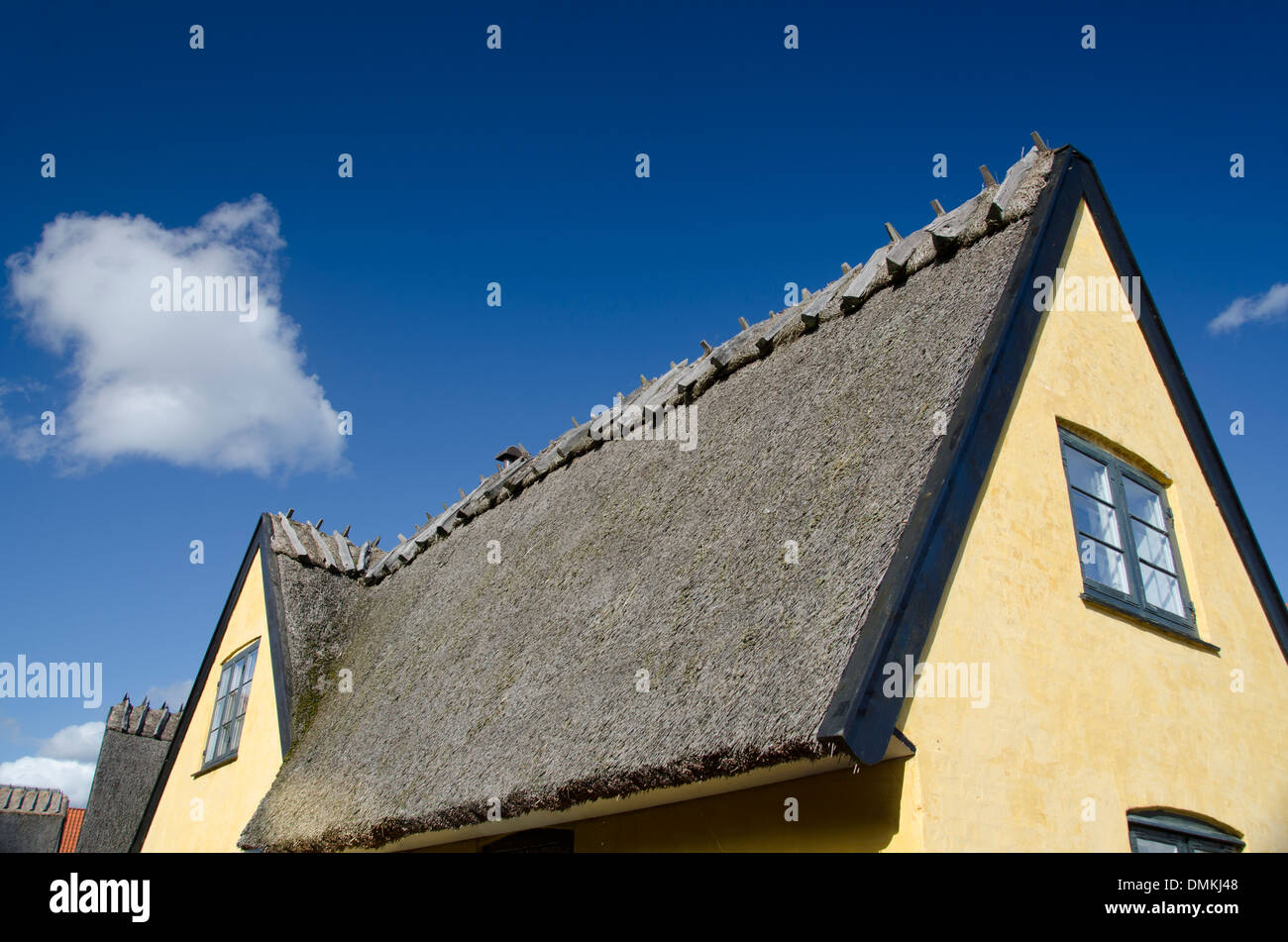 Old Thatched Roof Viking House Stock Photos Amp Old Thatched