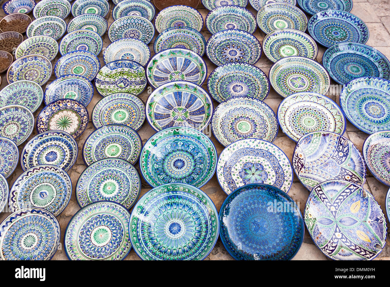 Ceramic plates and bowls for sale Bukhara Uzbekistan & Ceramic plates and bowls for sale Bukhara Uzbekistan Stock Photo ...