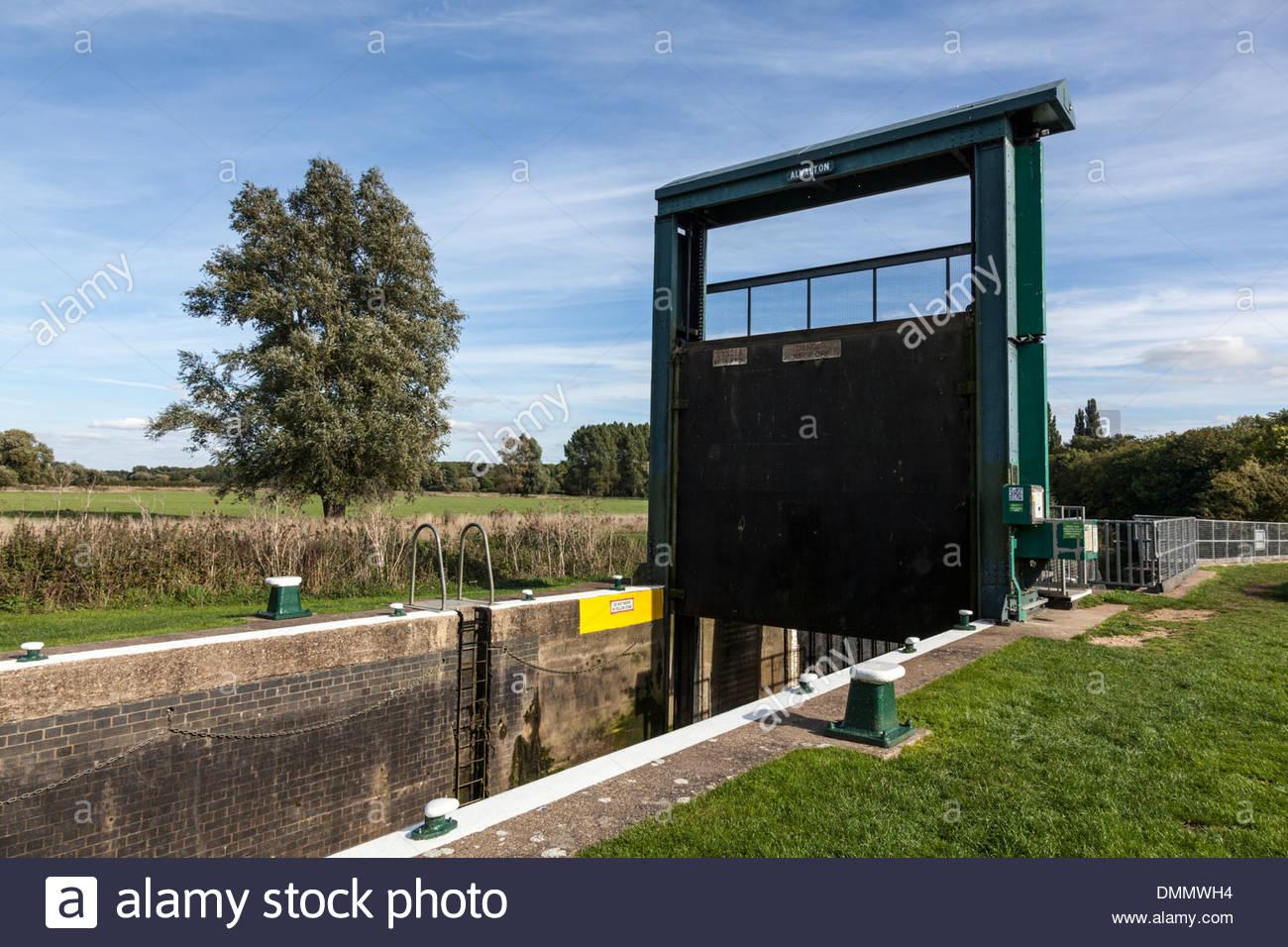 Lock Gates at Alwalton, Cambridgeshire, UK - Stock Image