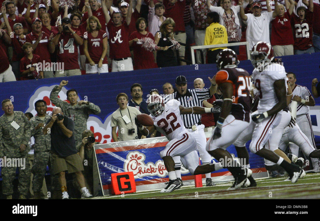 Sep 05, 2009 - Atlanta, Georgia, USA - NCAA Football - Alabama's MARK INGRAM (22) edges in for another Alabama touchdown during the second half of their victory over Virginia Tech in the Georgia Dome. (Credit Image: © Josh D. Weiss/ZUMA Press) - Stock Image