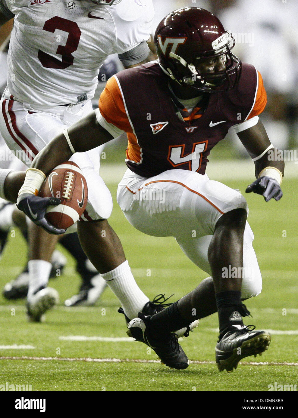 Sep 05, 2009 - Atlanta, Georgia, USA - NCAA Football - Virginia Tech's DAVID WILSON attempts a run late in Saturday's match up against Alabama in the Georgia Dome. (Credit Image: © Josh D. Weiss/ZUMA Press) - Stock Image