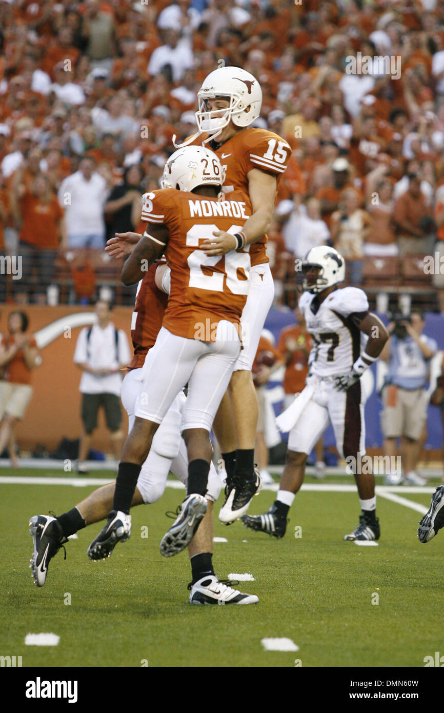 05 SEP 2009: Freshman Texas wide receiver D.J. Monroe (26) celebrates with kicker Hunter Lawrence (15) after Monroe's 79 kickoff return for a Texas touchdown in the victory over the University of Louisiana Monroe, 59-20 at DKR Memorial Stadium. (Credit Image: © Southcreek Global/ZUMApress.com) - Stock Image
