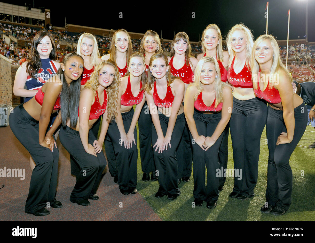 05 SEP 2009:  Stephen F Austin travels to Dallas to face the SMU Ponies in the season kickoff.  With a 4th quarter come back the Ponies win 31-23 over SFA.  SMU's national award winning dance team. (Credit Image: © Southcreek Global/ZUMApress.com) - Stock Image