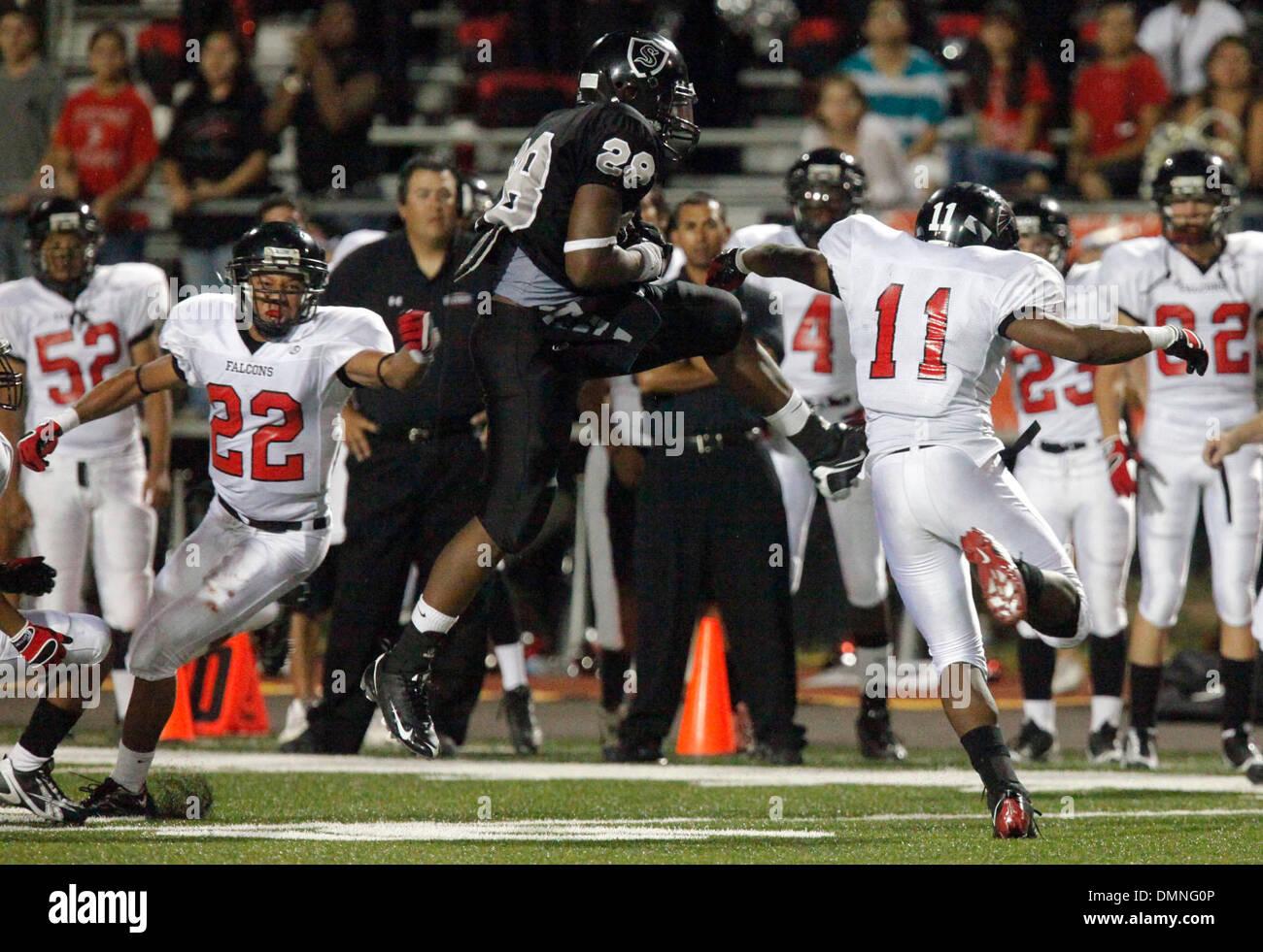Sep 04, 2009 - Schertz, Texas, U.S. - Steele's MALCOLM BROWN catches a pass between Stevens defenders Jordan Davis Stock Photo