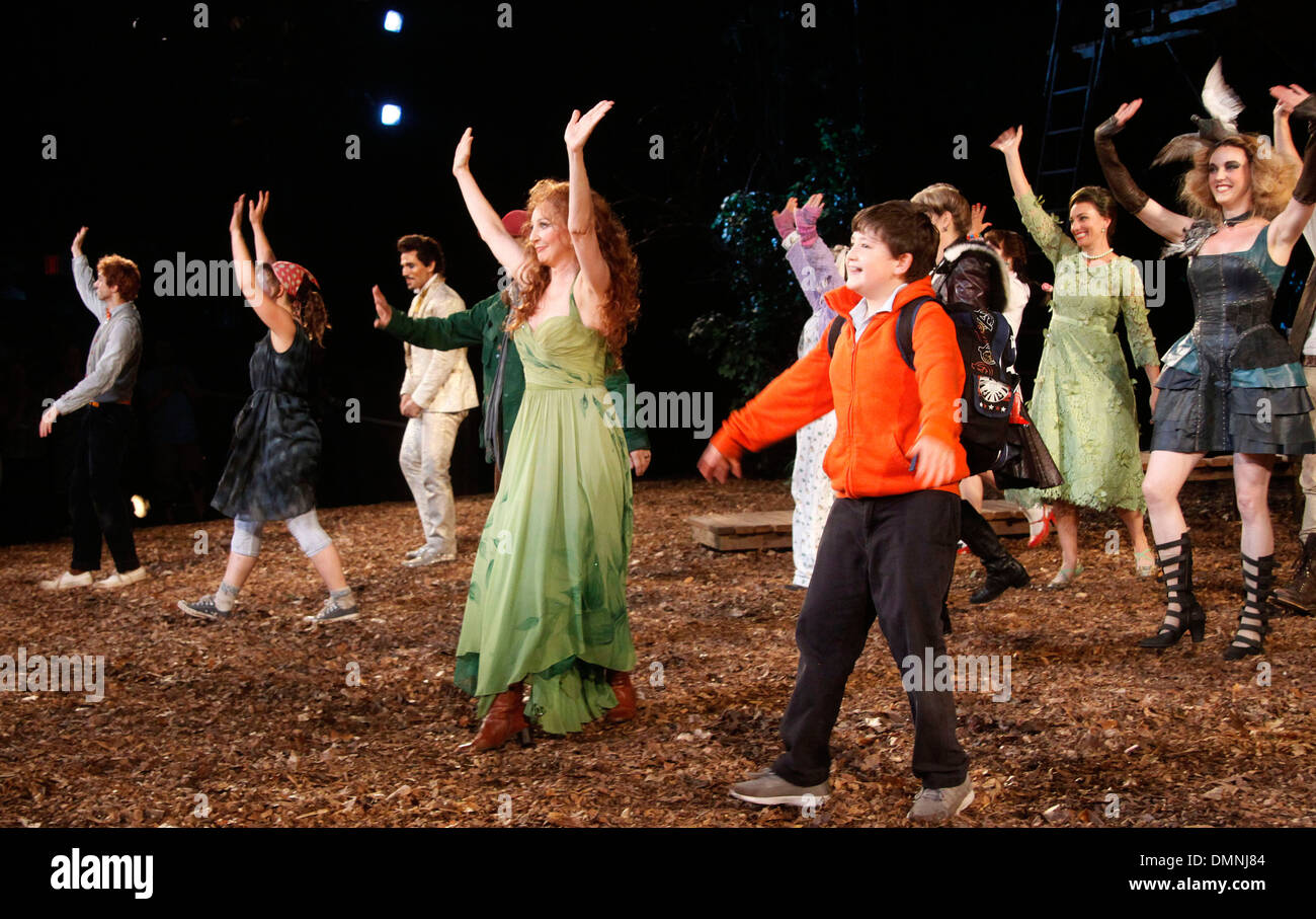 Gideon Glick Jessie Mueller Donna Murphy Jack Broderick Opening night curtain call for Public Theater production of 'Into - Stock Image