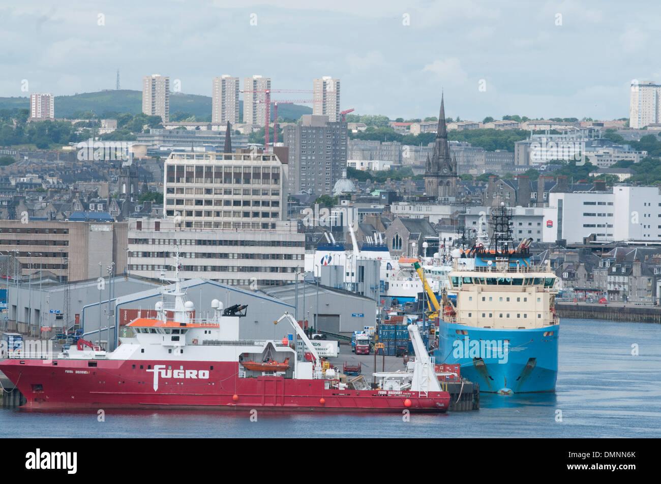 survey dock aberdeen granite city marine engineering - Stock Image