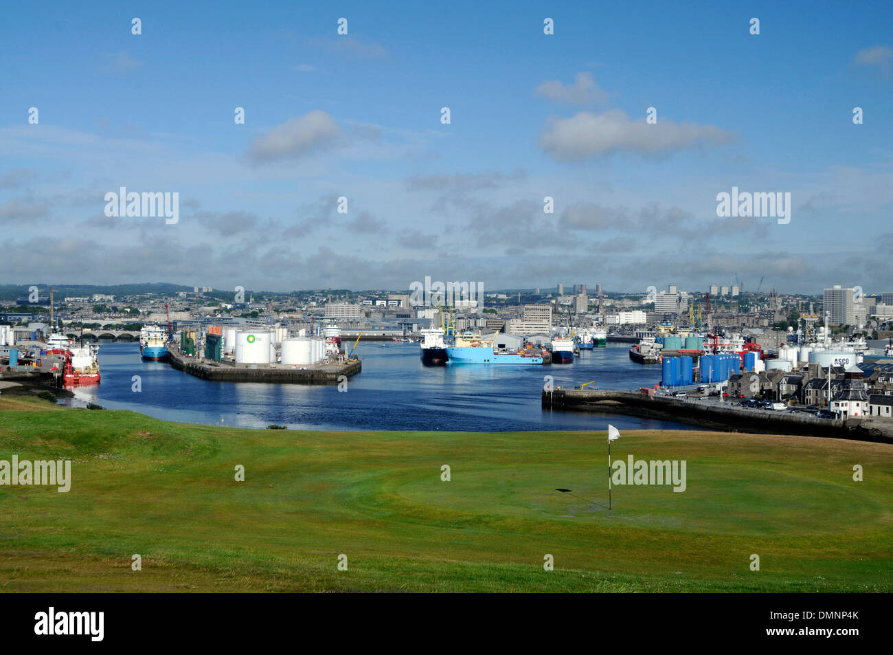 aberdeen granite city commercial port seaports marine engineering - Stock Image