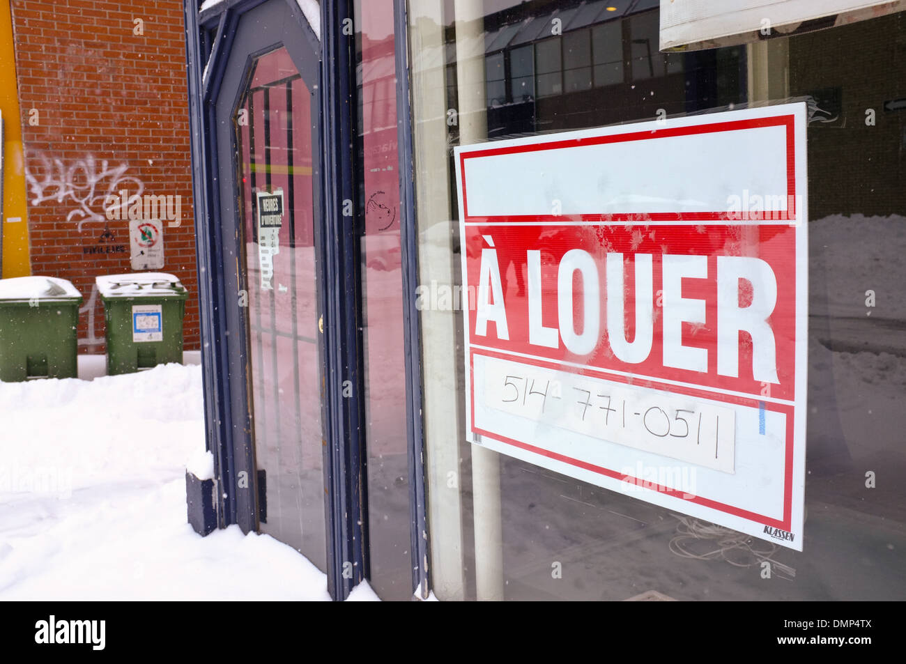 A for rent sign, in the Plateau of Montreal, Quebec. - Stock Image