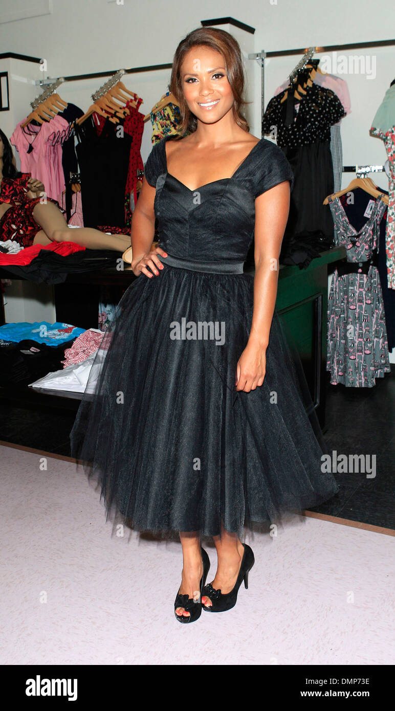 9ac1d1f331e Lesley-Ann Brandt The opening of the  Pinup Girl Boutique  Burbank