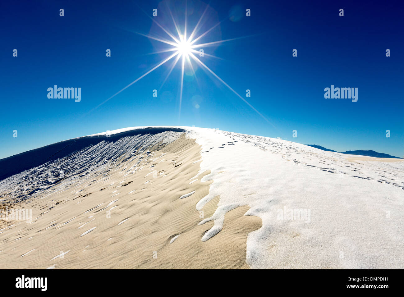 Snow in the desert of White Sands, New Mexico - Stock Image