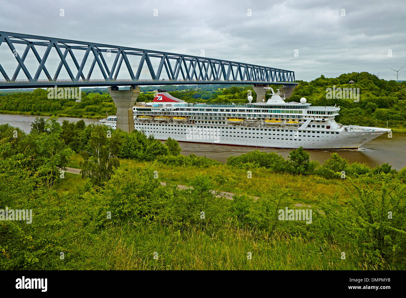 Balmoral cruise ship in the Kiel Canal near Albersdorf, district of Dithmarschen, Schleswig-Holstein, Germany - Stock Image