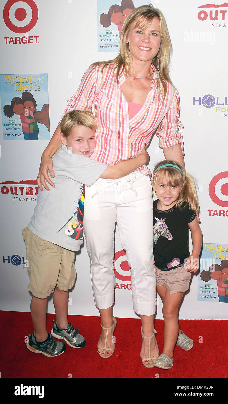 Alison Sweeney Family Pictures alison sweeney & family at 3rd annual my brother charlie