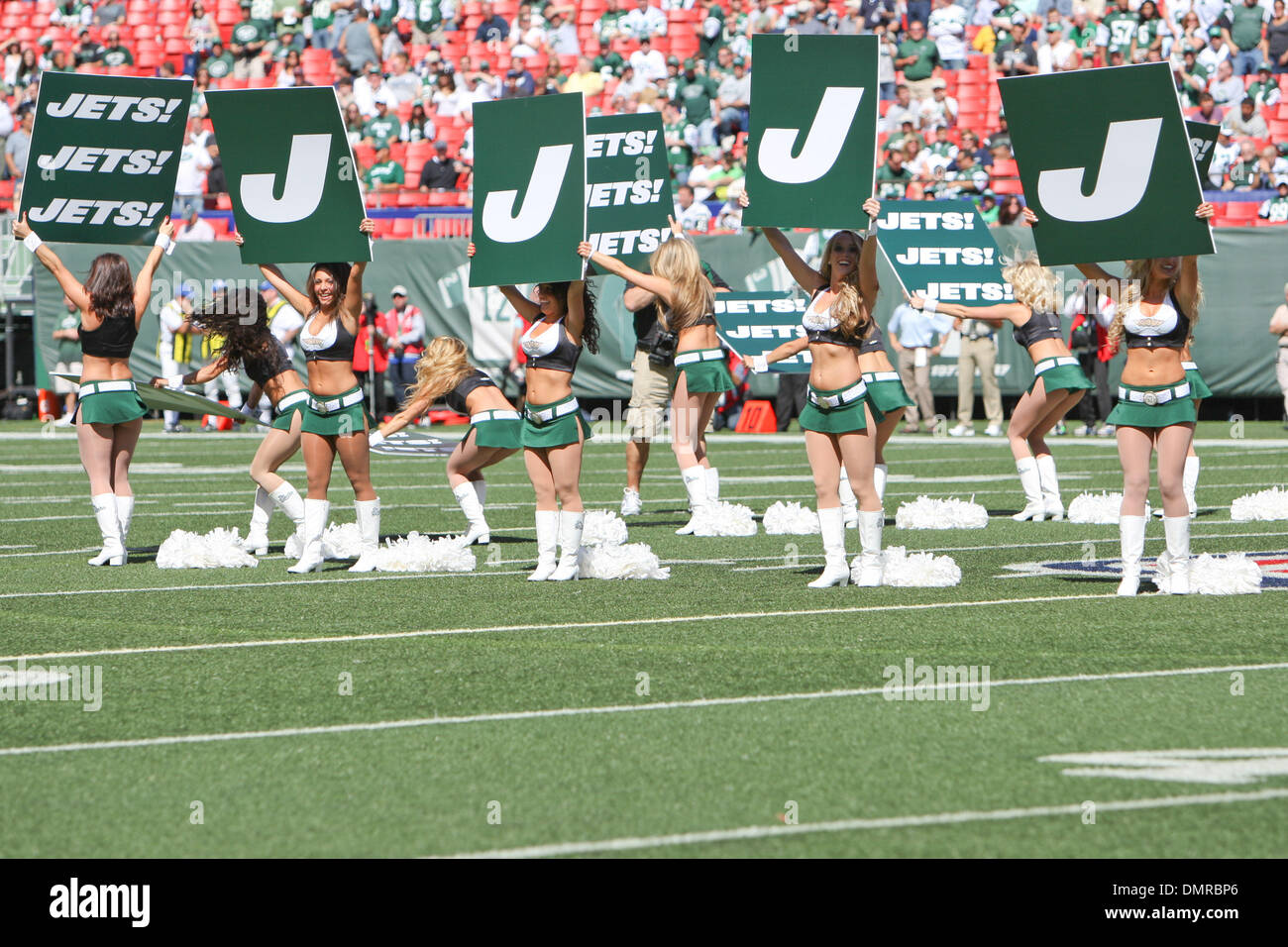 check out 2233e 023c4 September 2009: The New York Jets Flight Crew at Giants ...
