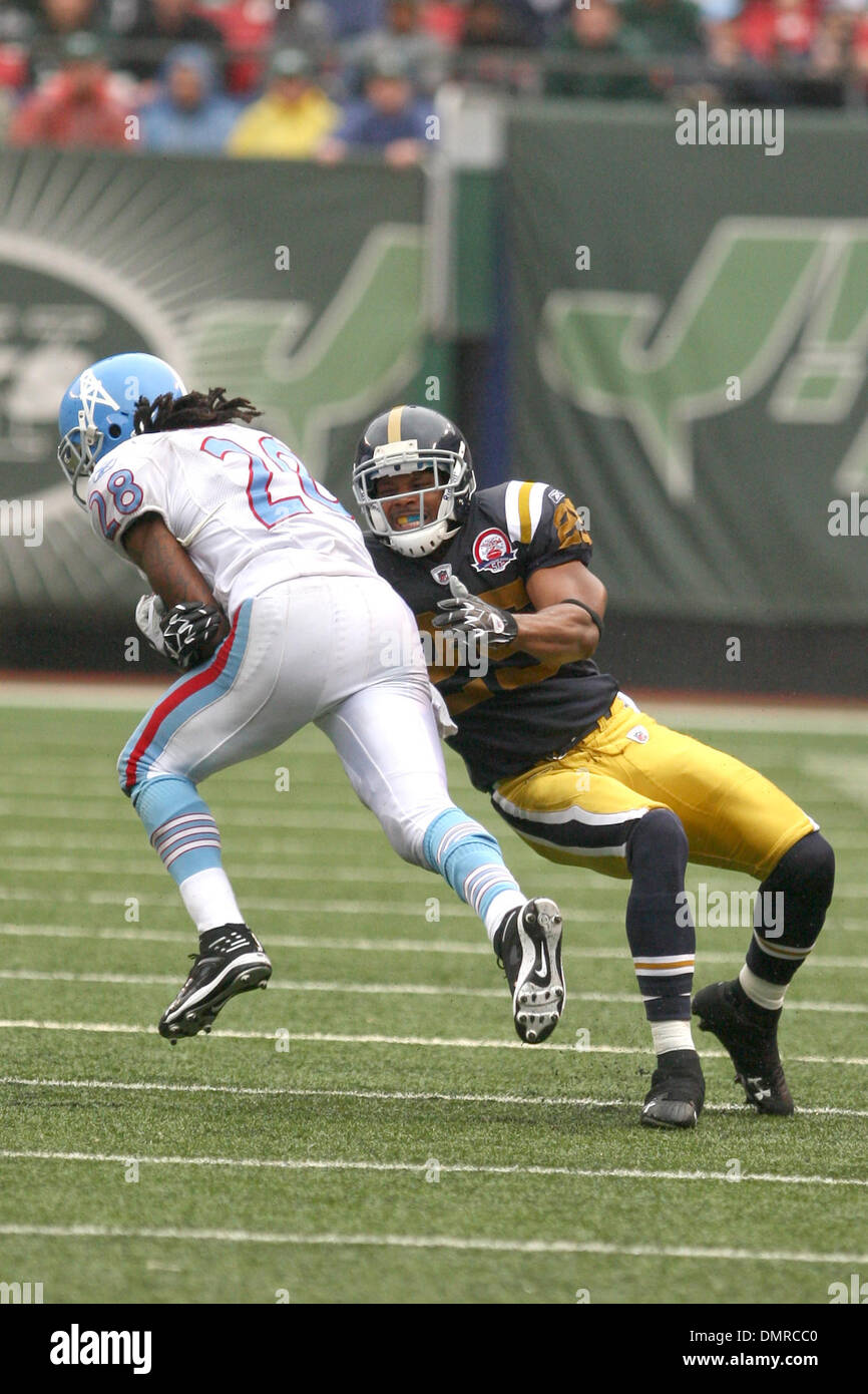 27 September 2009: Tennessee Titans #28 Chris Johnson gets tackled  for sale
