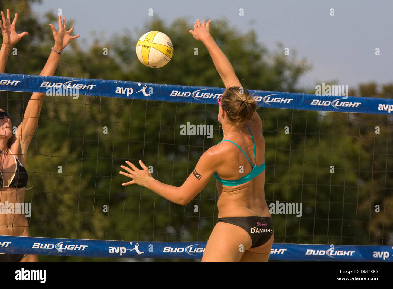 04 September 2009 Claire D Amore Competes During The 2009 Avp Crocs Stock Photo Alamy