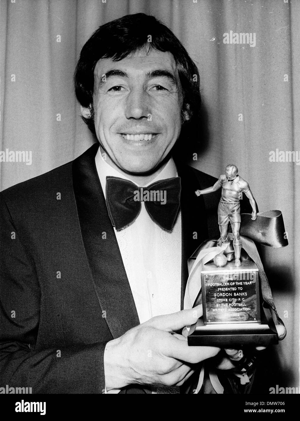May 05, 1972; London, UK; Goalkeeper GORDON BANKS, 33, voted ''Footballer of the Year.'' (Credit Image: © KEYSTONE Pictures USA) - Stock Image