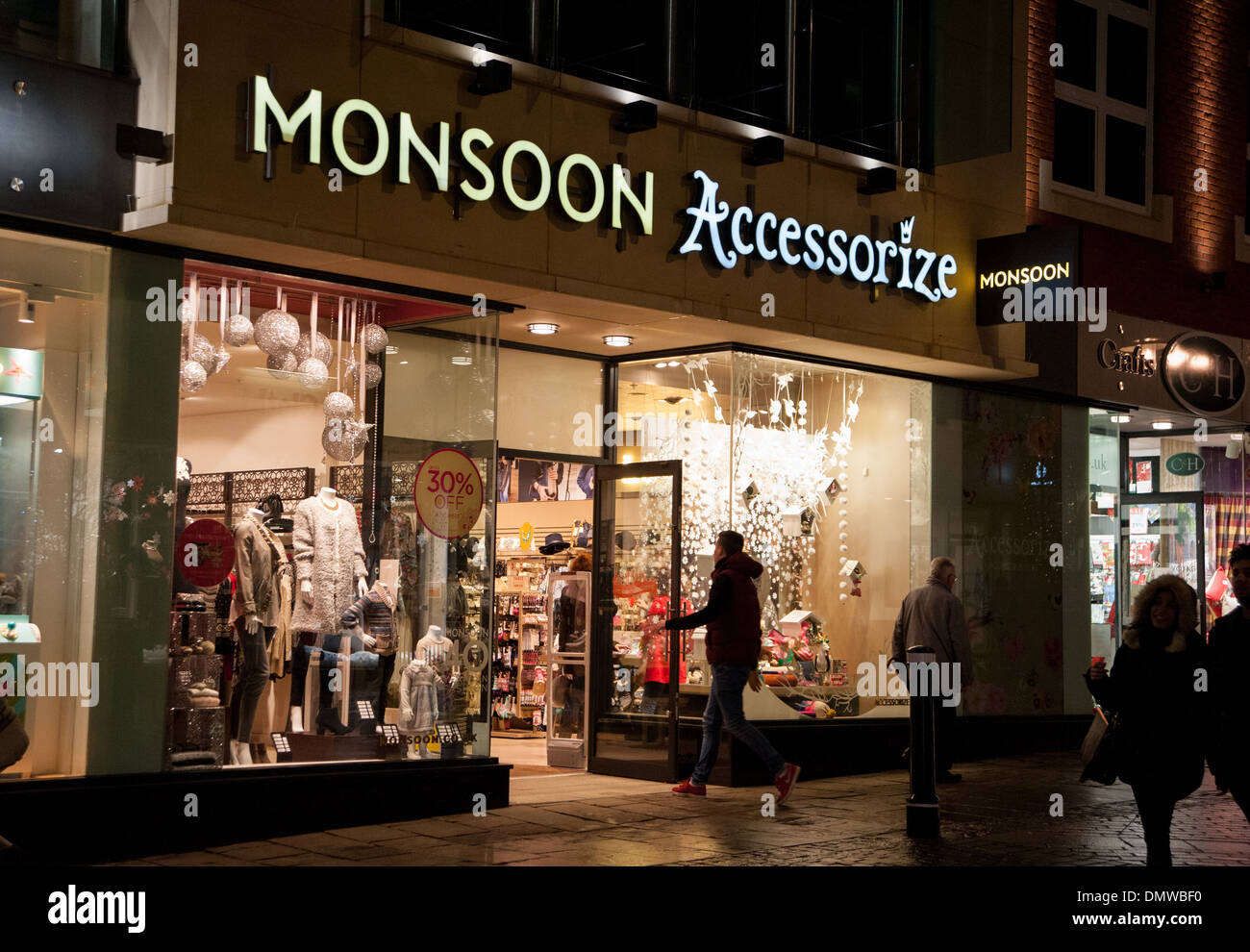 Shop Monsoon. We use cookies to provide you with the best experience. For full details, please see our cookie policy. accessories and holiday arrivals. SHOP ALL BEACH SHOP BEACH CLOTHING. All Abroad SHOP SWIMWEAR. Beach to Bar SHOP KAFTANS & COVER-UPS. In the Shade SHOP SUNGLASSES. Sun-Catching Jewels.