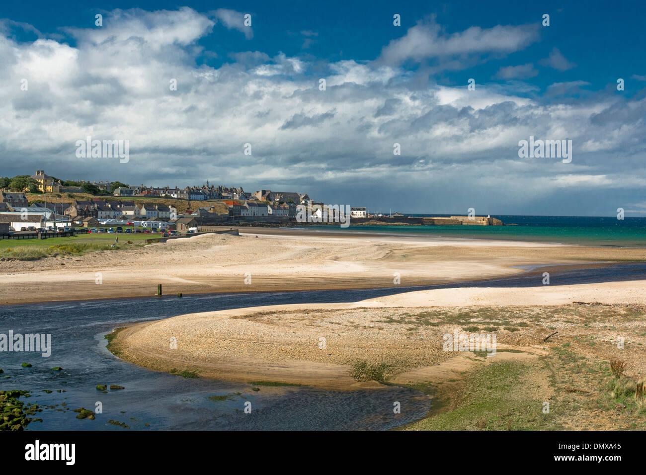 banff sands beach bridge moray estuary river - Stock Image