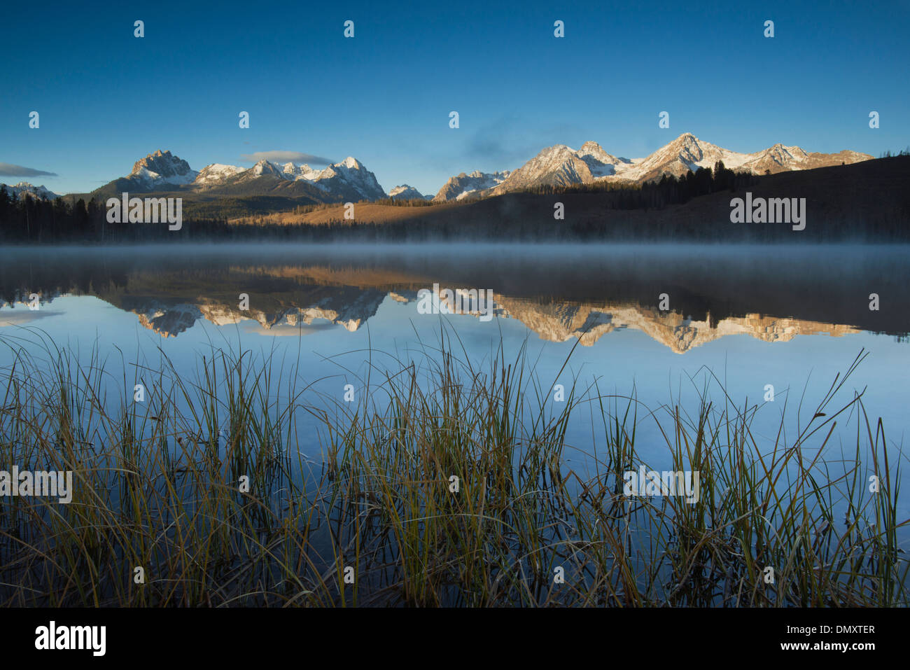 Sunrise on Sawtooth range, Little Redfish Lake, Idaho - Stock Image