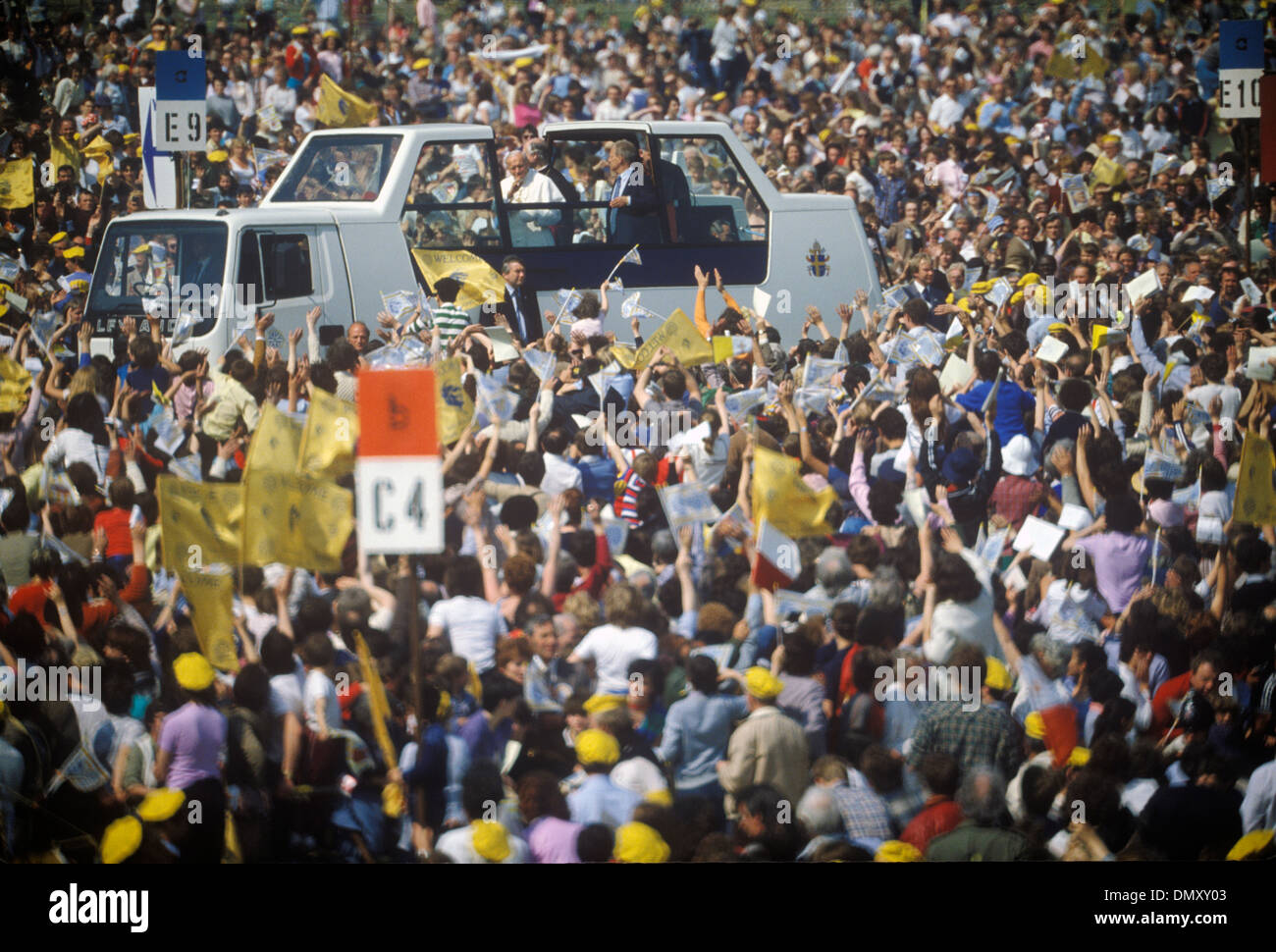 Pope visits Glasgow Scotland UK 1982 HOMER SYKES - Stock Image