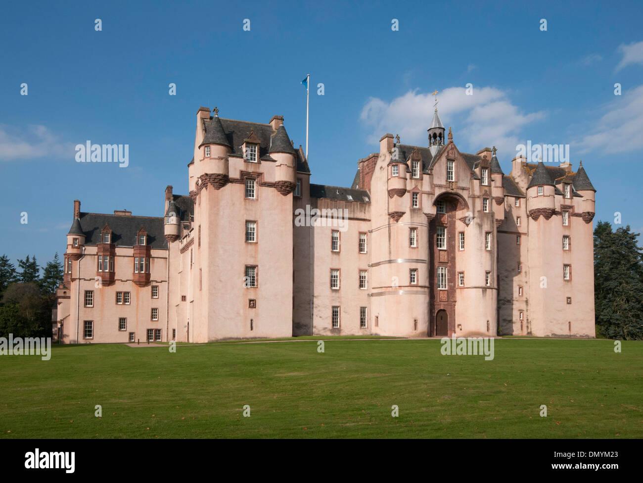 national trust for scotland fyvie castle in pink near turrif - Stock Image