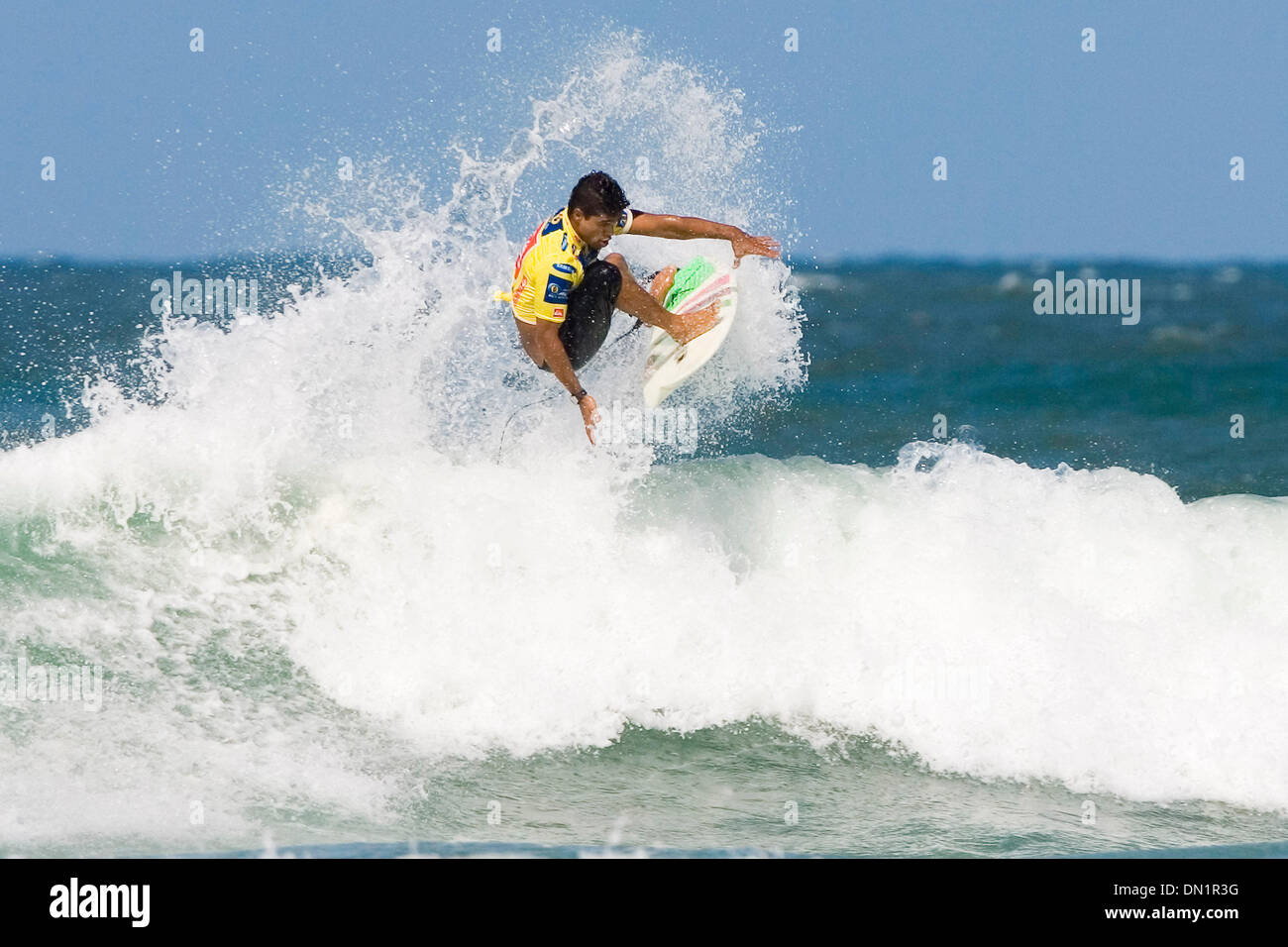 Mar 08, 2006; Duranbah, Gold Coast, AUSTRALIA; In one of the closest heats of the day thus far, MARCELO NUNES (Brazil) narrowly defeated former ASP World Champion CJ Hobgood at the Quiksilver Pro presented by Samsung, at Duranbah on the Gold Coast of Australia today. Nunes sealed the deal when he scored the only good ride of the heat Ð a 7.5 out of a possible 10 points. Nunes advan - Stock Image