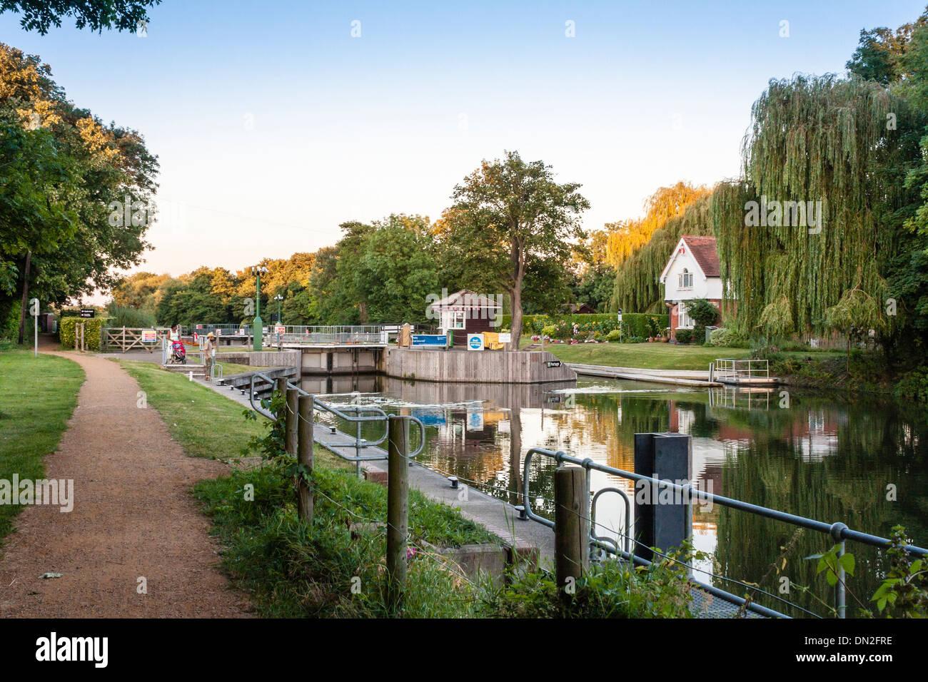 Boveney Lock near Windsor, on the Buckinghamshire bank of the river Thames. Buckinghamshire, England, GB, UK. Stock Photo