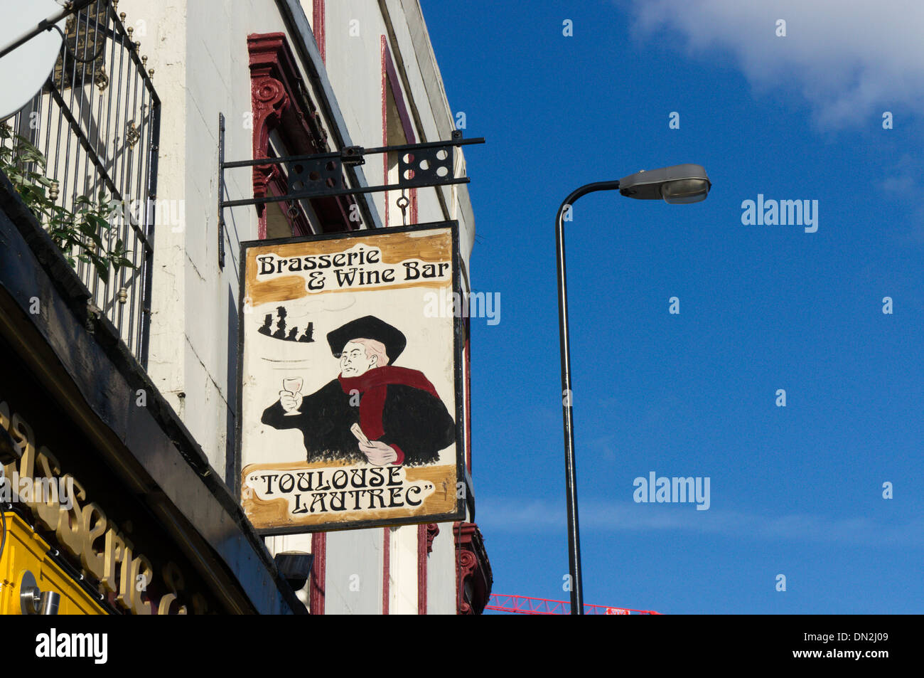 Sign for the Toulouse Lautrec Brasserie & Wine Bar in Newington Butts near Elephant and Castle, South London. - Stock Image