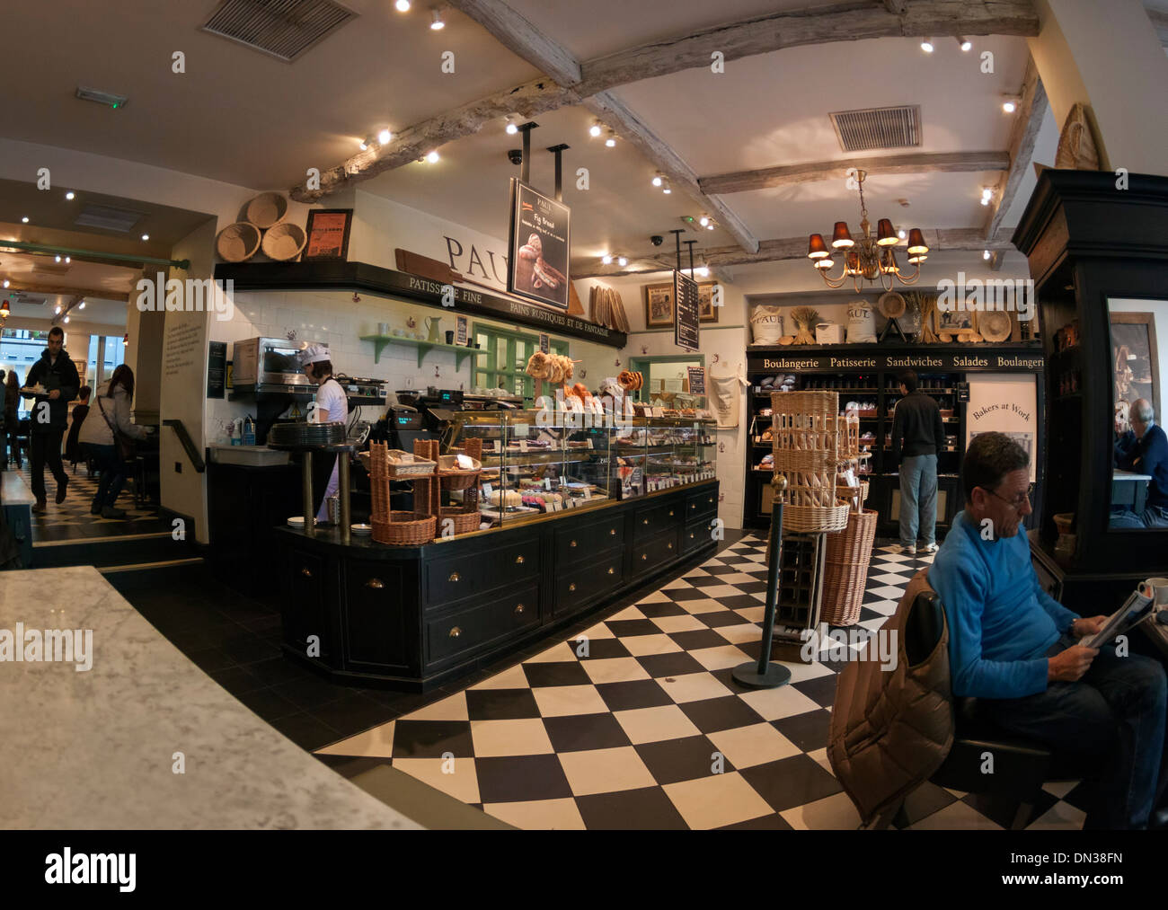Paul Bakery and Patisserie, Baker Street, London, interior - Stock Image