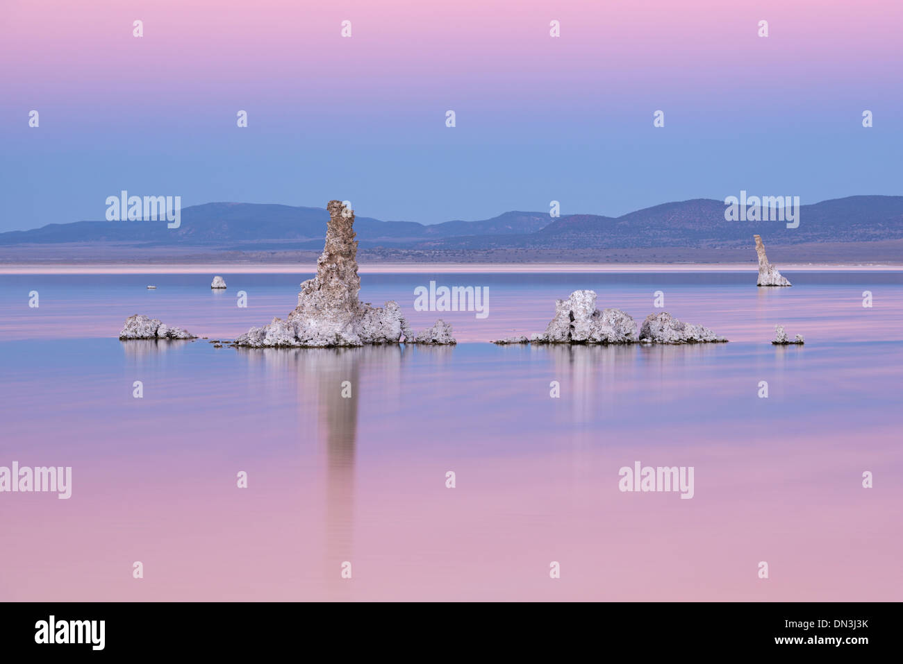 Tufa towers in Mono Lake at twilight, California, USA. Autumn (October) 2013. - Stock Image