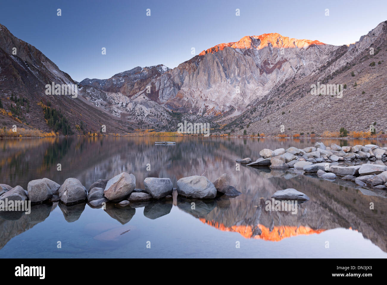 Sunrise at Convict Lake in the Eastern Sierra Mountains, California, USA. Autumn (October) 2013. Stock Photo