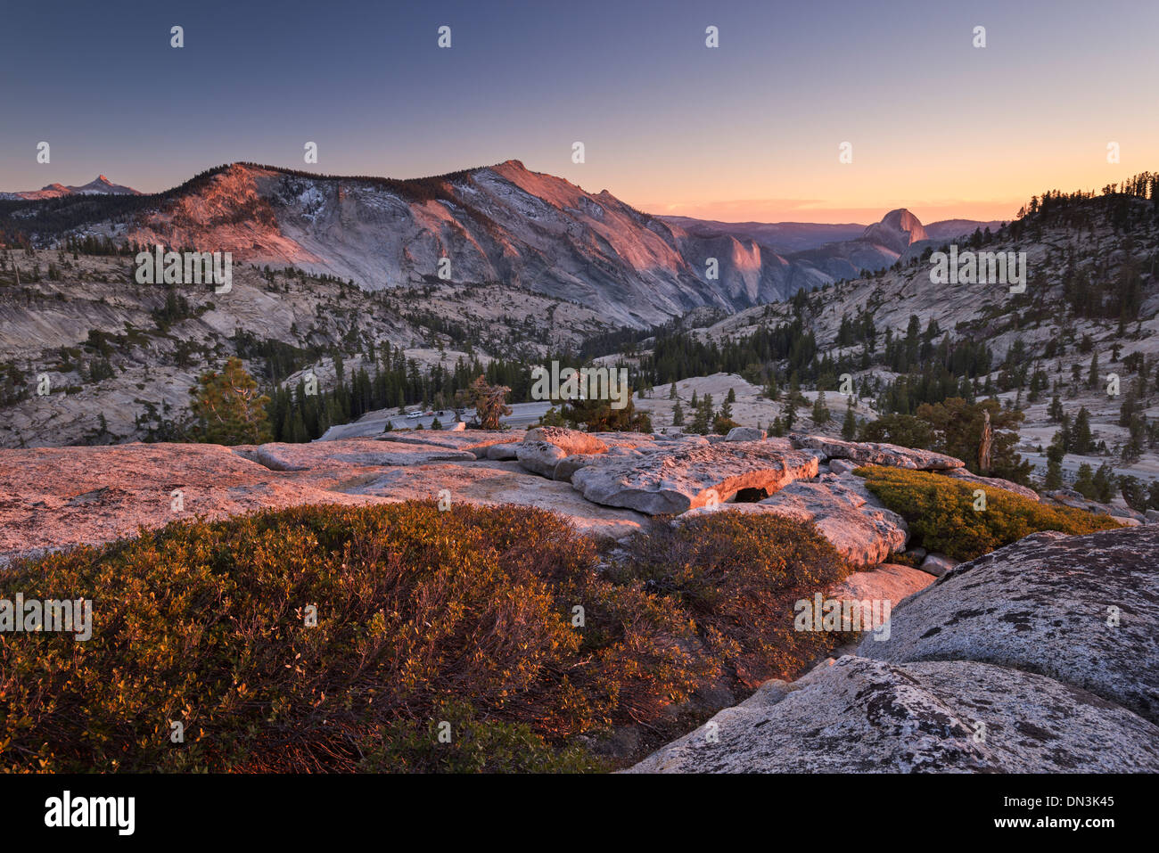 Half Dome and Clouds Rest mountains from above Olmstead Point, Yosemite National Park, California, USA. Autumn (October) - Stock Image