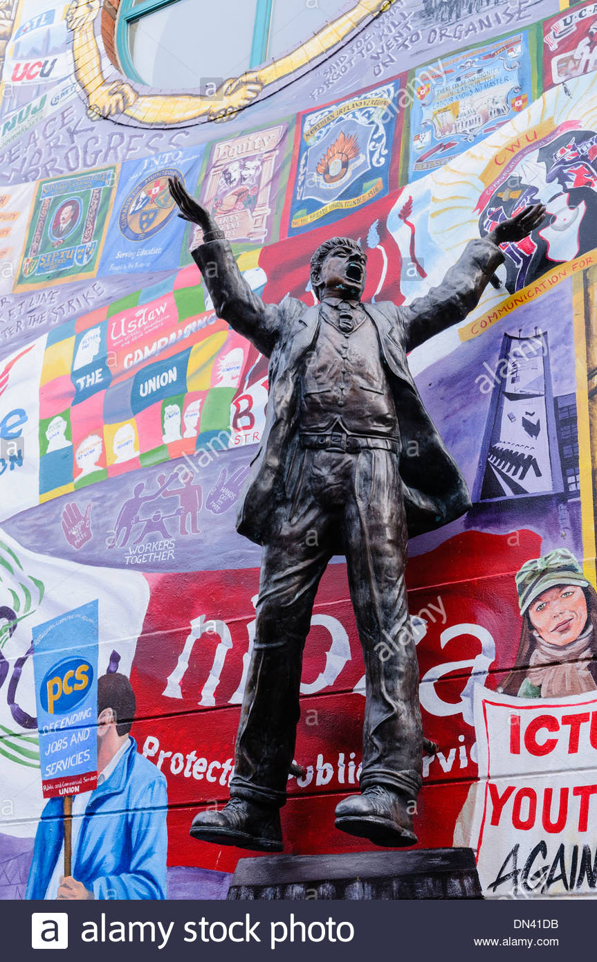 Statue of James Larkin, Irish Trade Union Leader & Socialist Activist, at the Irish Congress of Trade Unions - Stock Image