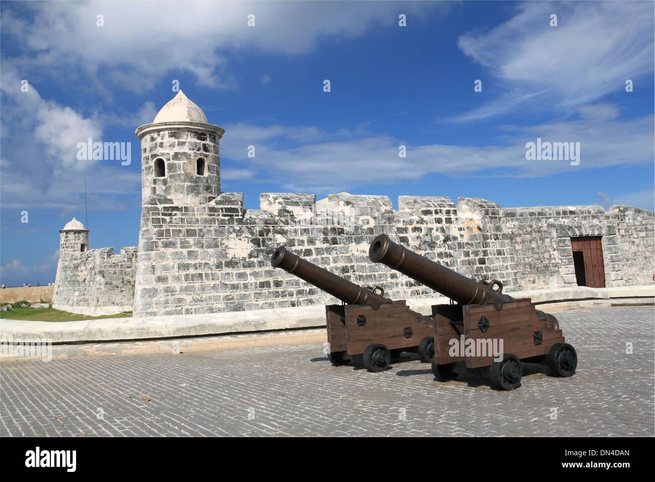 Castillo de San Salvador de la Punta, Malecón, Old Havana (La Habana Vieja), Cuba, Caribbean Sea, Central America - Stock Image